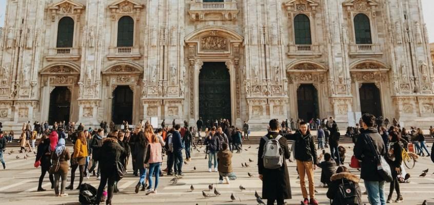 Milano a piedi: itinerari alternativi per visitare la città