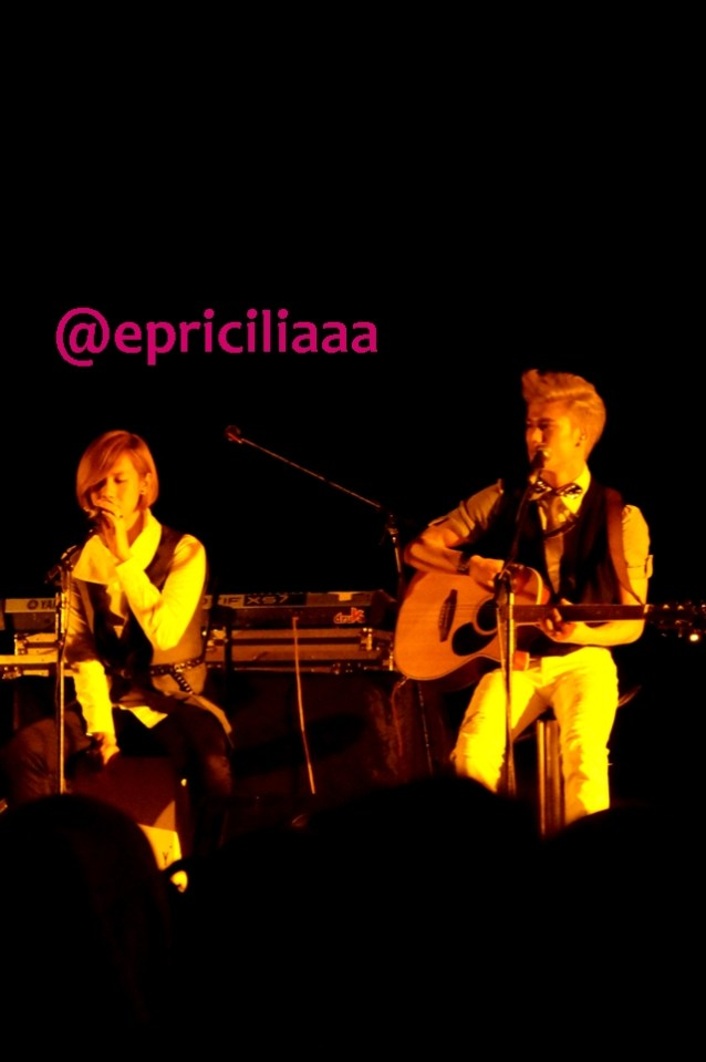 F.Y.I on stage with Lunafly, Jakarta, March 28th 2013 - Teo and Sam.