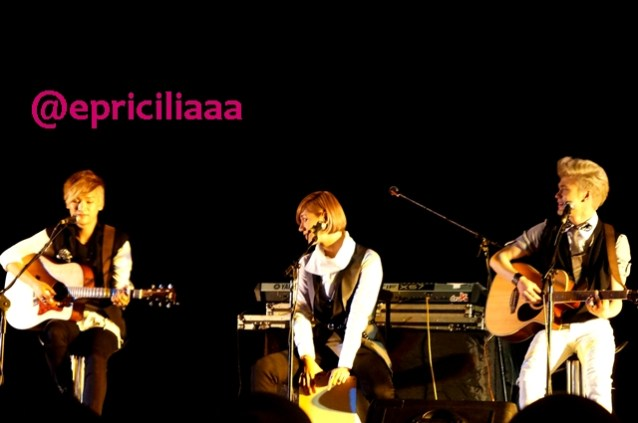 F.Y.I on stage with Lunafly, Jakarta, March 28th 2013 - I love them so much!