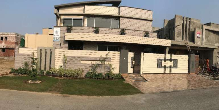 1 Kanal Home for sale in Sector F Phase 6 Lahore # 13 (1)