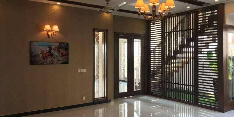 1 Kanal Home for sale in Sector F Phase 6 Lahore # 13 (22)