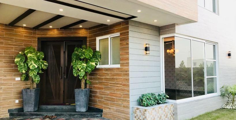 1 Kanal Home For Sale In Sector K Phase 6 DHA Lahore # 17