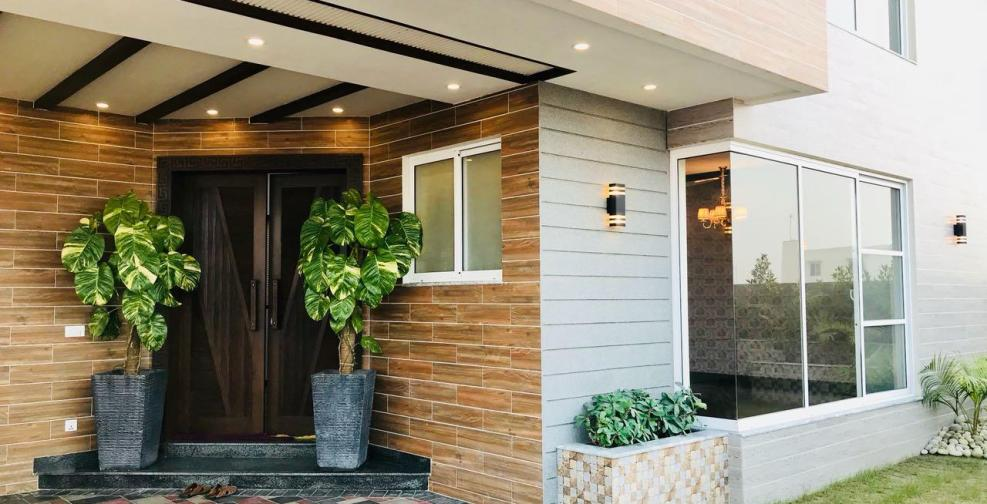 1 Kanal Home For Sale In Sector K Phase 6 DHA Lahore # 17 | eProperty®