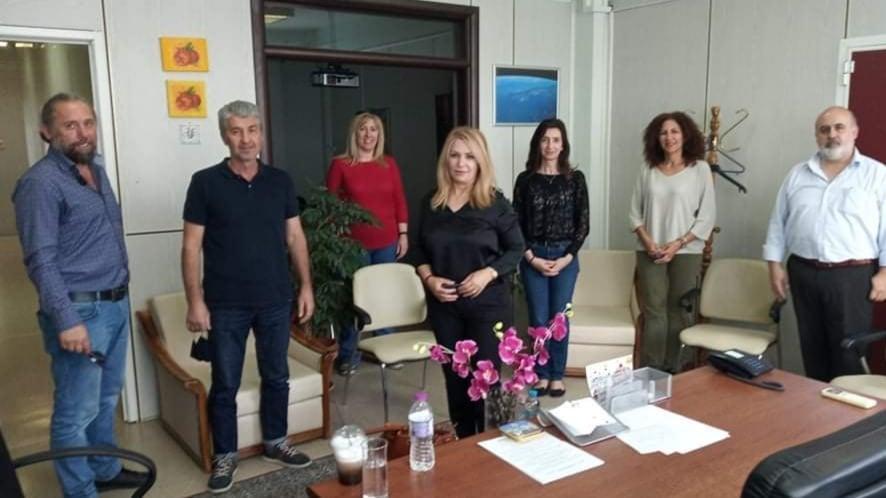 Στις Διευθύνσεις Εκπαίδευσης Πιερίας η βουλευτής Άννα Μάνη – Στο επίκεντρο επαναλειτουργία δημοτικών σχολείων και Πανελλήνιες εξετάσεις