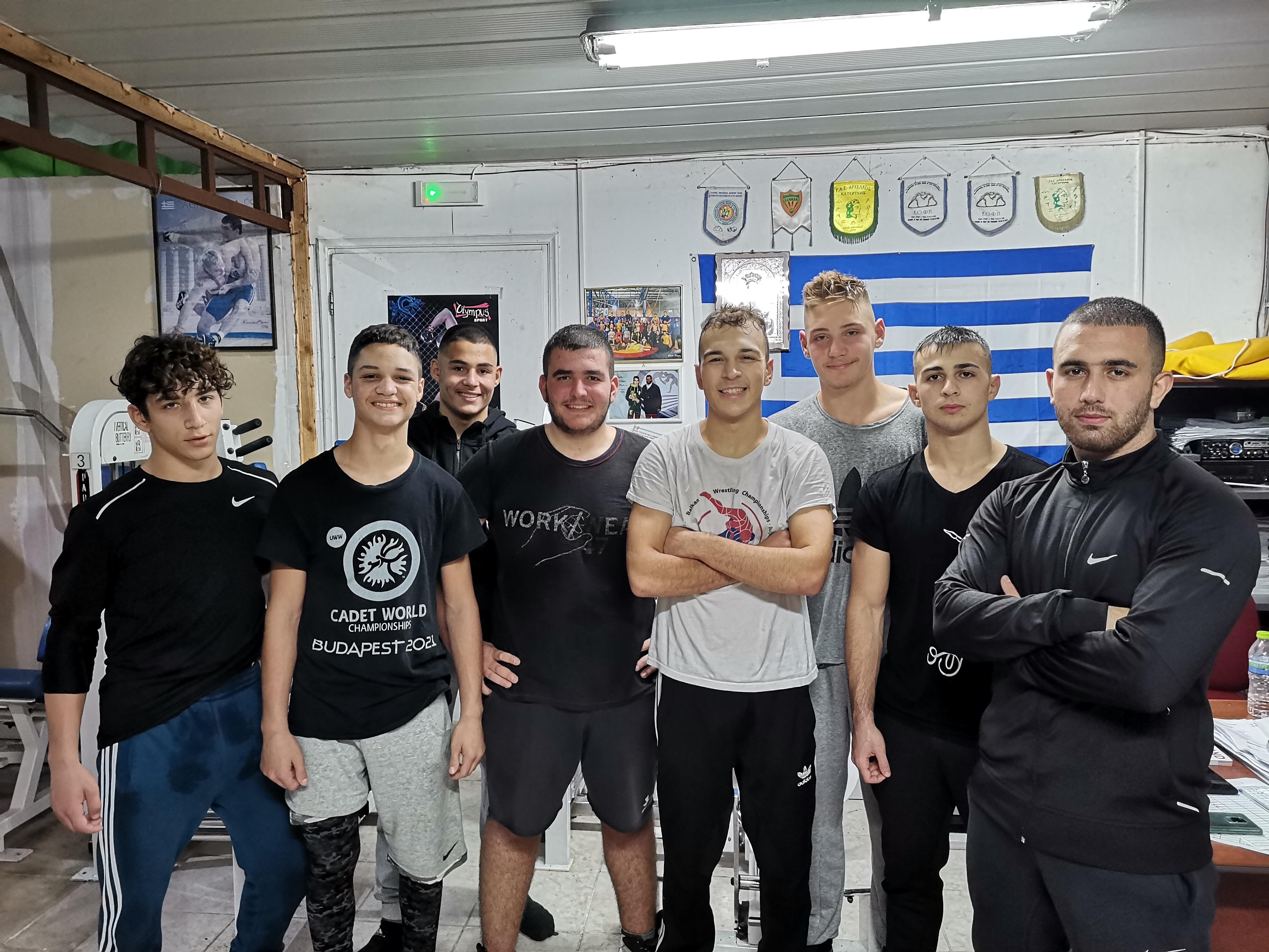 Αναχωρούν για την πόλη της Ξάνθης οι πρωταθλητές του Αρχελάου Κατερίνης για να λάβουν μέρος στους Βαλκανικούς και Μεσογειακούς αγώνες Πάλης