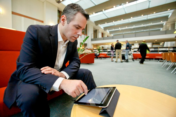 Alexander ALVARO at the Library of the European Parliament