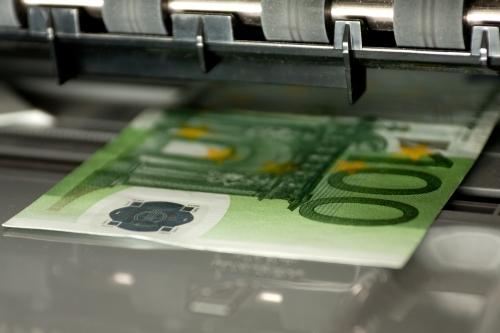 Criminal penalties for counterfeiting the euro