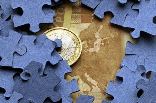 Towards the European Banking Union: The Single Supervisory Mechanism