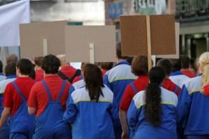 People on strike