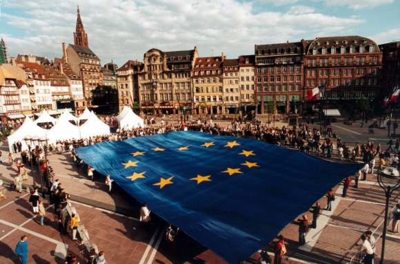 A huge European flag is presented on Strasbourg's main place
