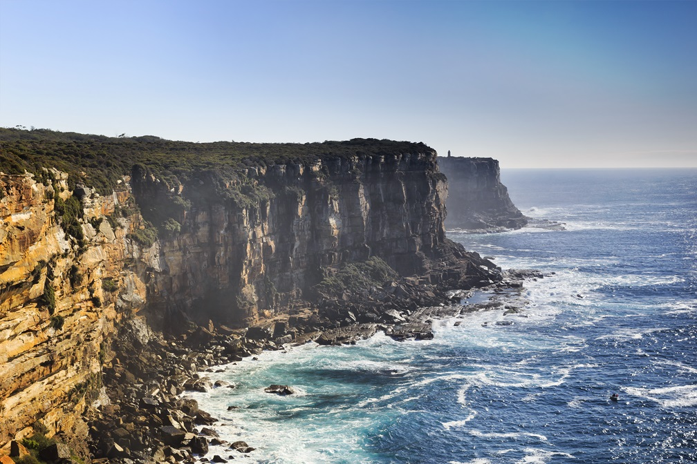 Asylum policy in Australia: Between resettlement and deterrence