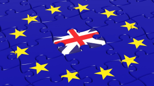EU flag with UK flag in centre of jigsaw