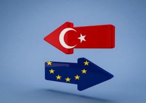 Turkey and EU arrows
