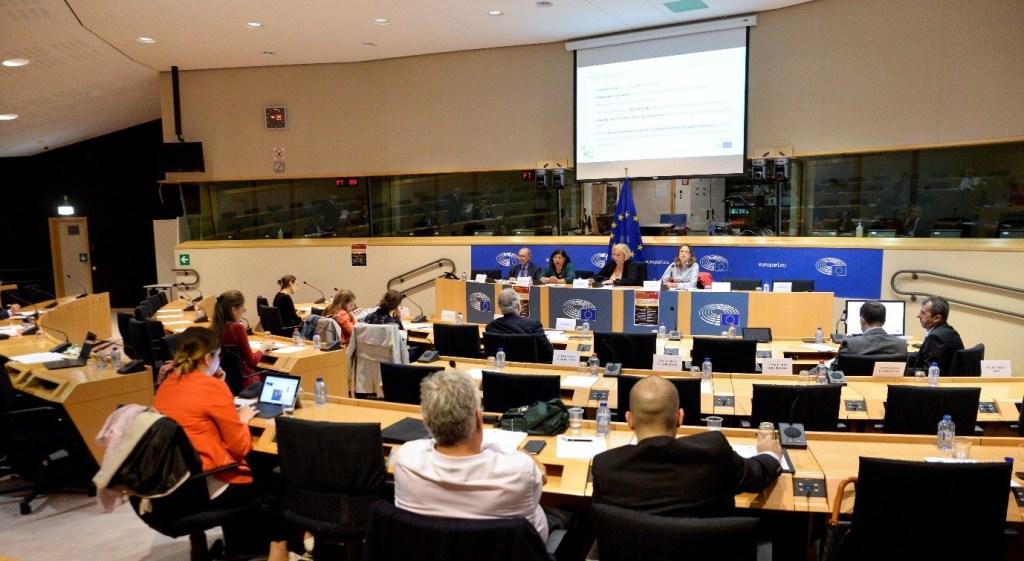 New ways to finance cross-border transport infrastructure