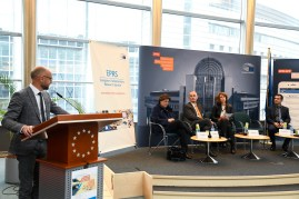EPRS Policy Roundtable 'Declining commitment to democracy : What's going on around the world ?'