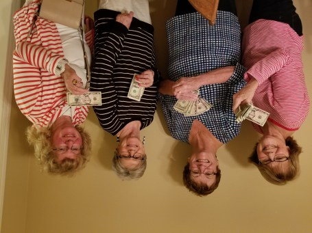 September Bunco Winners at the home of Maryann Hartmann