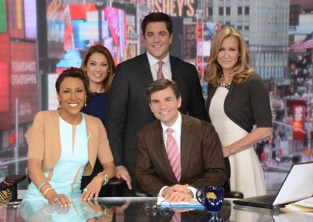 """Good Morning America's"" Robin Roberts Comes Out as a Lesbian"