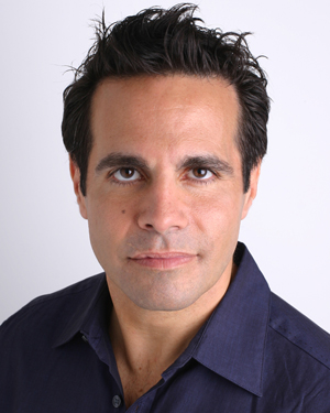 Interview: Mario Cantone On Joan Rivers, The View, Cooking & His Show At Snoqualmie