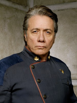 battlestar-galactica-edward-james-olmos-1-e1438117245615.jpg