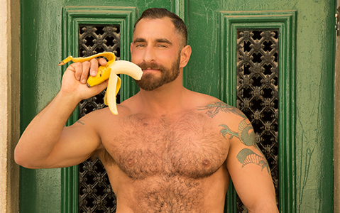 The Bear-Naked Chef Adrian De Berardinis Returns
