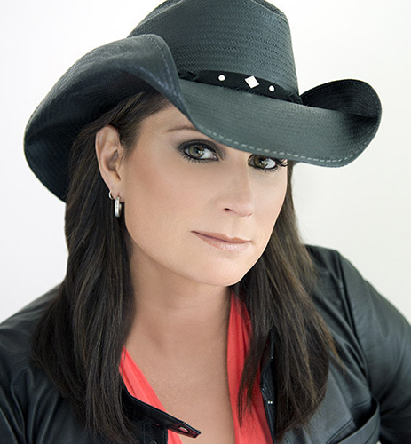 Terri Clark Talks About Her Tacoma Show & Shares Some Wacky Fan Stories