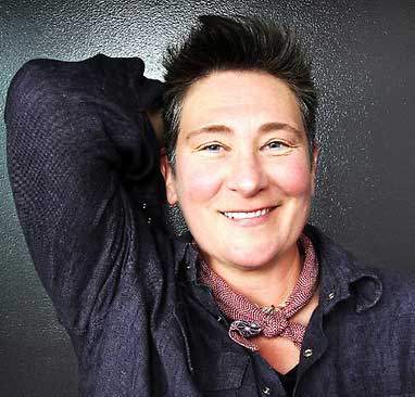 Interview: k.d. lang Reminisces On Ingénue's 25th Anniversary And More