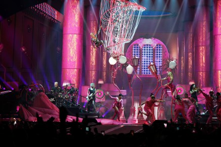 pink beautiful trauma tour review 1 on equality365.com