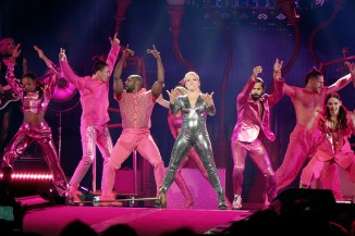 pink beautiful trauma tour review 11 on equality365.com