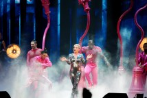 pink beautiful trauma tour review 14 on equality365.com