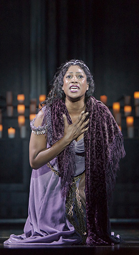 Danyelle_Williamson_stars_as_Esmeralda_in_The_Hunchback_of_Notre_Dame_-_Photo_Credit_Tracy_Martin.jpg