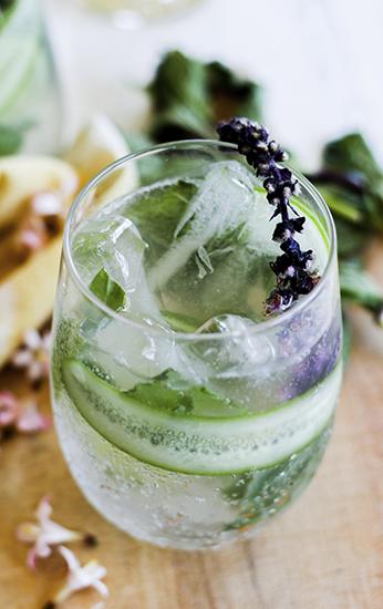 California Wine for Summer - Cucumber Herb Spritzer