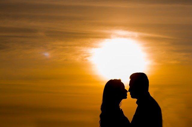 couple-1643452_640.jpg