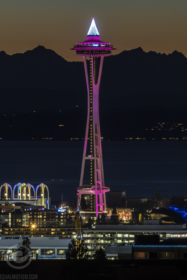 New Years In Seattle: Space Needle Fireworks Show Photos ...