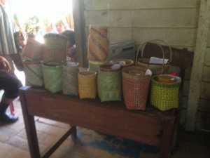 Kerajinan yang dihasilkan peserta Sosialisasi Desa Wisata