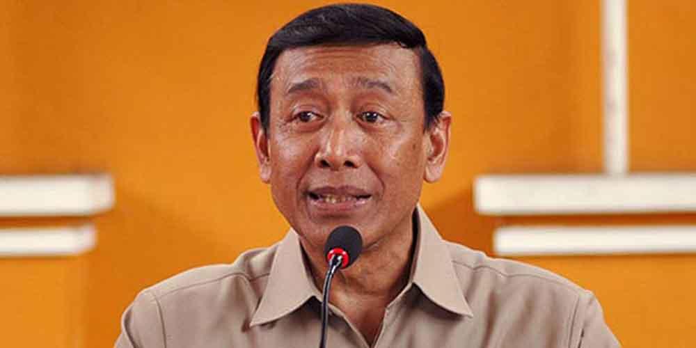 Laode Ida: Pak Jokowi, Tolong Jangan Pakai Wiranto Lagi