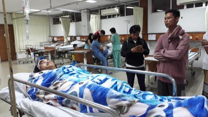 PERAWATAN. Rahayu mendapatkan perawatan intensif setelah tumbang melawan perampok, Rabu (7/6) malam--Gusnadi