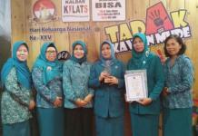 Posyandu Mekarsari raih usai penerimaan penghargaan dalam Peringatan Hari Keluarga Nasional ke 25 di Kota Manado, Sulawesi Utara--Humas Pemkot for RK