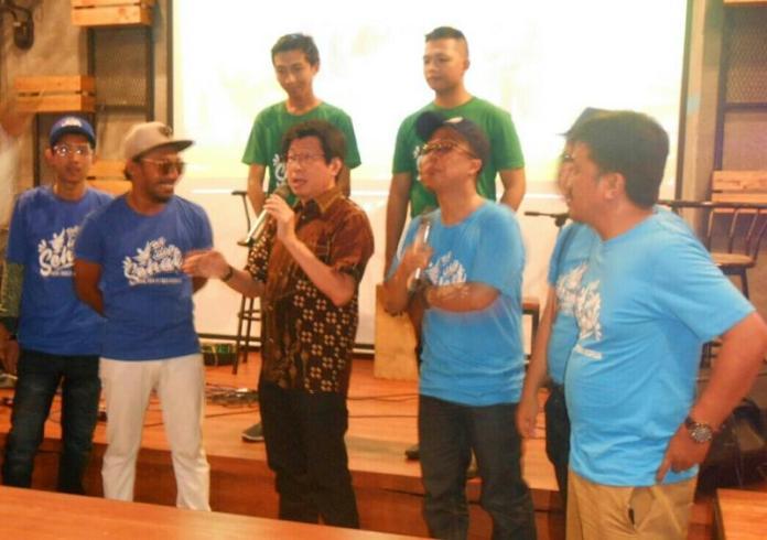 Kepala Dinas Kesehatan Provinsi Kalbar, dr Andy Jap MKes menyampaikan tanggapan usai menyaksikan tayangan perdana video klip Yok Hidup Sehat dihadapan musisi lokal Pontianak dan para tamu undangan.