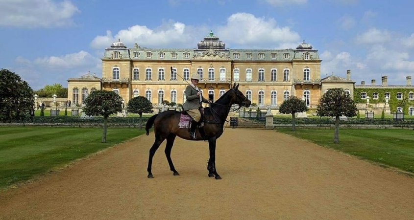 Historical re-enactment in front of stately home at Wrest Park