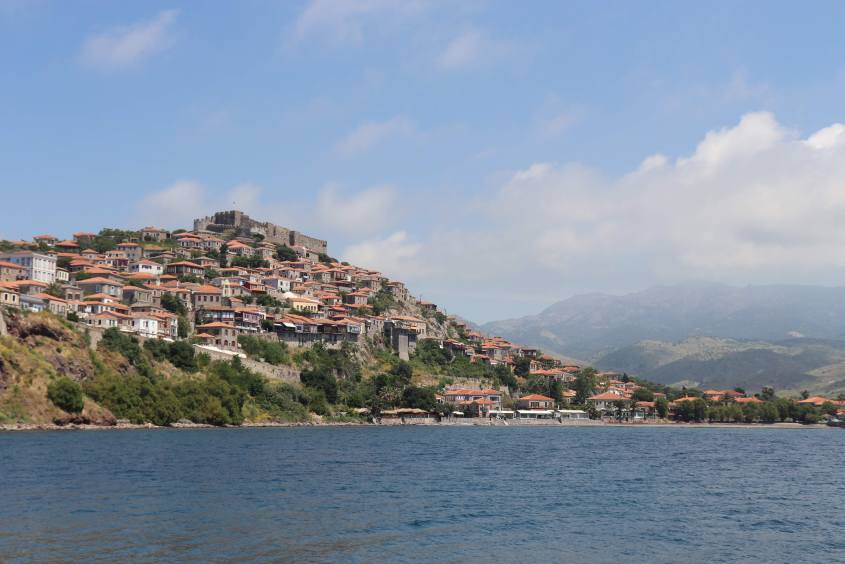 The lovely little town of Molyvos is build on the side of a mountain with its small, winding streets and little shops. The second largest castle of Lesvos is situated on top of the mountain.