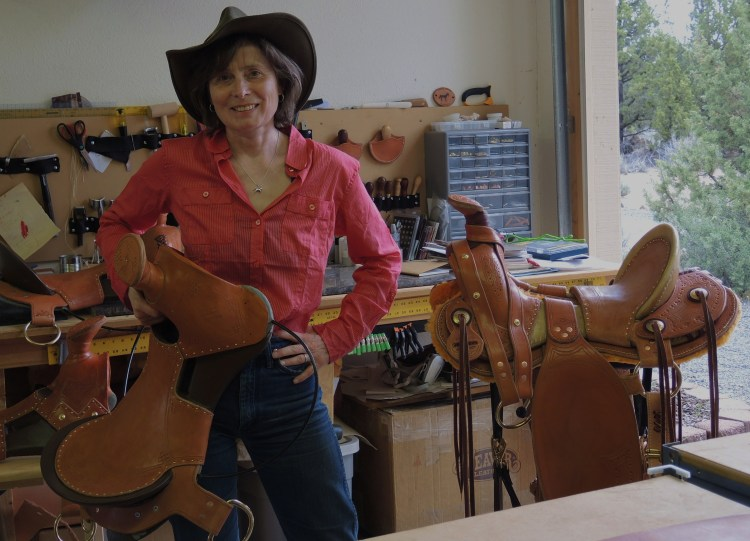 Saddle workshop to make lightweight expedition saddles for the mongolian horses