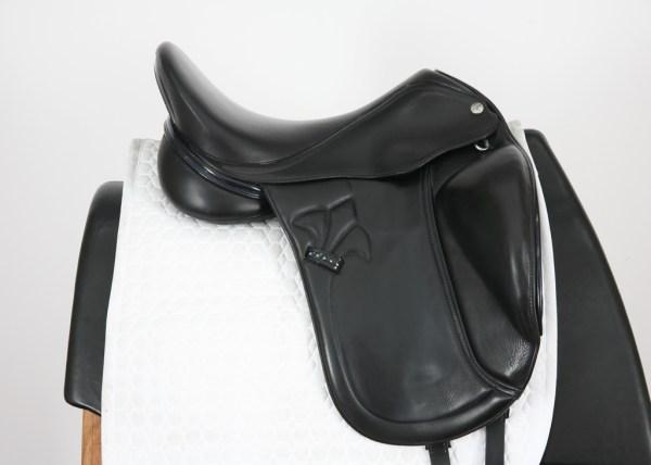 Right Side of MacRider Challenge MF Dressage Saddle 17.5M 517062