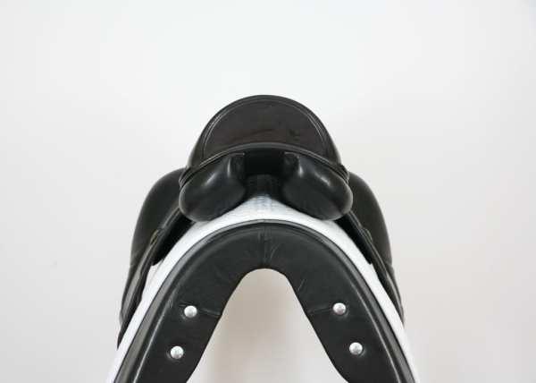 Cantle on Amerigo Vega MF Dressage Saddle 50660914
