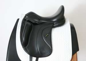 Left Side of Amerigo Cervia Siena MF Dressage 17.5MW 29340415