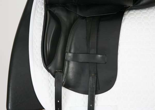 Left Flap on Albion K2 Dressage 17.5XW SN: 92704