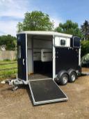Ifor Williams HB511 Double Horsebox Trailer
