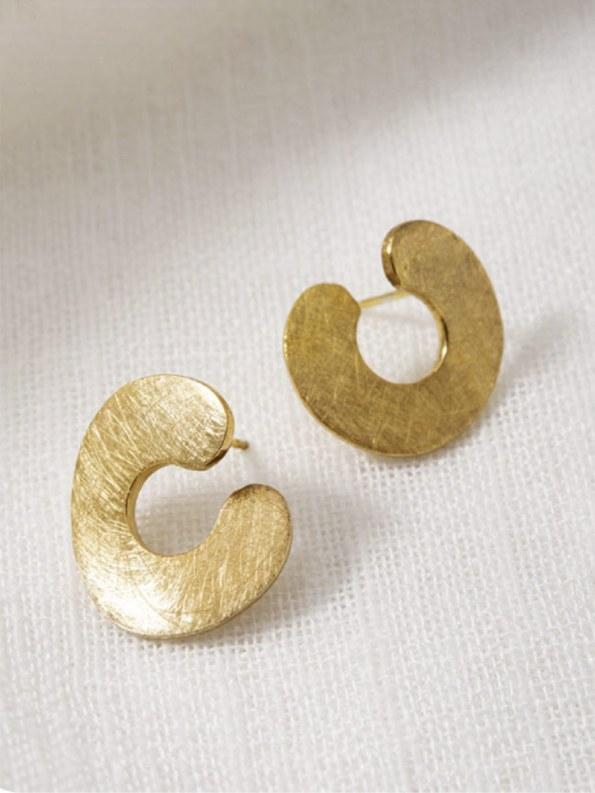Kirsten Goss Do Not Disturb Earrings Gold Vermeil close