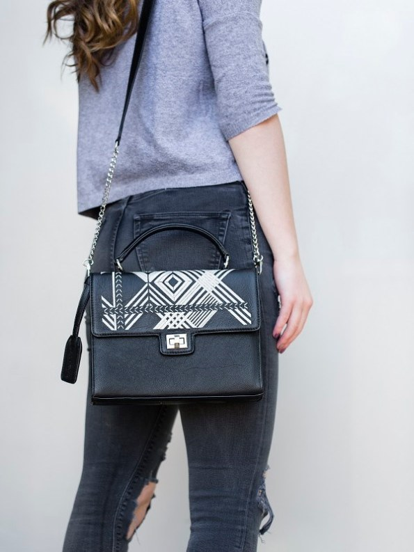 Milaluna Black Leather White Geo Handle bag With Chain Strap Model