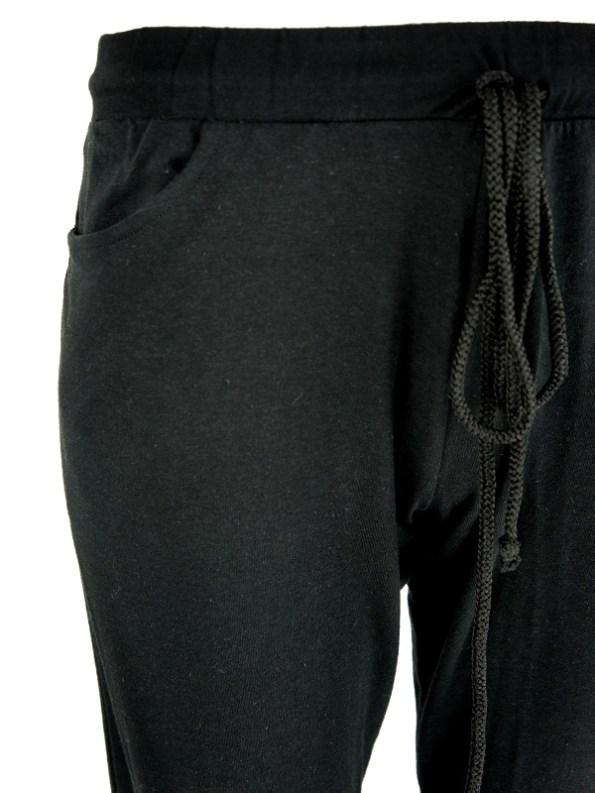 Jogger-Style Leggings Detail