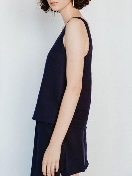 Good Classic Cami Navy Linen Side
